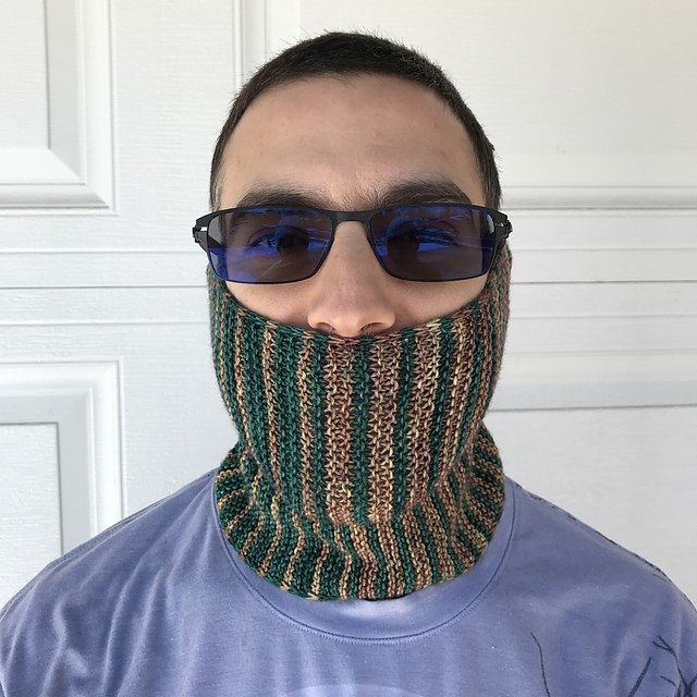 LET'S HIKE COWL